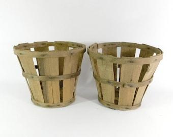 Wood Splint Orchard Baskets, 2 Vintage Peach Baskets, Wood Fruit Baskets, Farmhouse, Cottage Style, B4