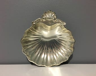 Vintage Seashell Trinket Dish - Silver Vanity Tray Ocean Shell Dish Made in Japan - Silver Jewelry Plate - Ocean Beach Sea Decor - Nautical