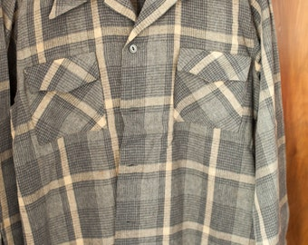 "Original vintage 1940s loop collar sports shirt - 14.5"" collar"