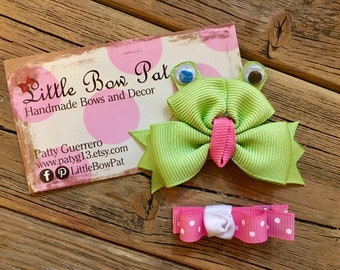 Bowtie Froggy... Frog Ribbon Sculpture Hairbow Set