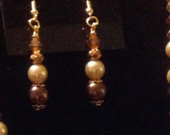 Chocolate & champagne pearl earrings