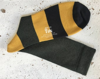 PerTin Olive Green, Yolk and Oil Stripe Organic Cotton Socks Made in England, Fits Sizes 6 – 11.