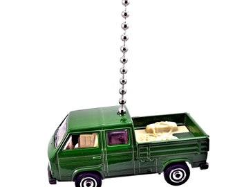 Volkswagen Transporter Crew Cab Green Diecast Ceiling Fan Light Pull Ornament NEW