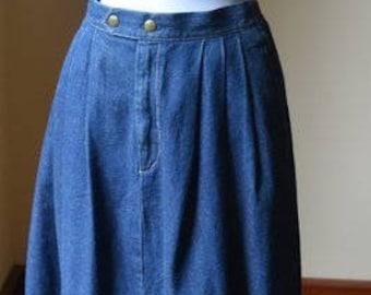 Vintage Denim Pleated Skirt Size 12 By Lady Manhattan