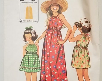 Vintage 1972 Simplicity 9996 Sewing Pattern for Girl's Dress With Elastic Waistline and Ribbon Gathered Neckline Simple to Sew