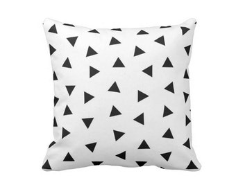 Black and White pillow, Triangles pillow, Geometric pillow, Nursery decor, Kids Room Decor, Scandinavian print, Modern Home Decor Minimalist