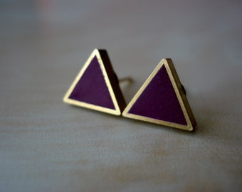 black currant (wine) small brass triangle stud earrings