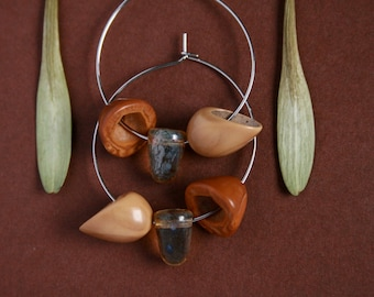 ethnic earrings with nut shell and glass - earthy jewelry - natural hoops