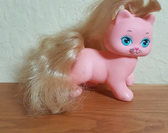 1989 pink Mattel My Little Pony with blonde fur and a tiny little picture of an even pinker cat on her leg