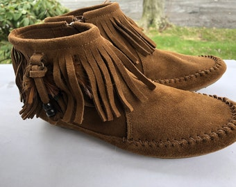 Women's vintage Minnetonka Brown Suede Moccasin Booties Shoes Size 7