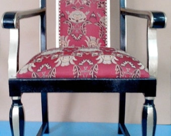 Sumptuous and very cozy reading Chair for beautiful evenings, newly refurbished, unused