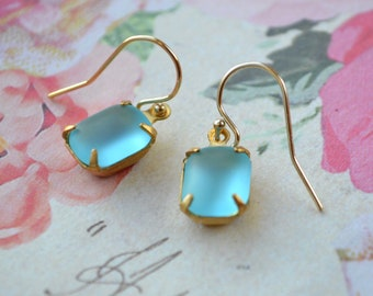Dainty aqua blue earrings - Gold vermeil jewellery