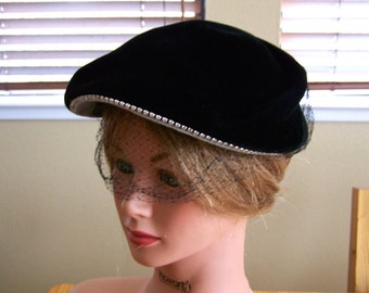 "Vintage 40's ""FRANCES & WALTER NELKlN HAT"" Made in France"