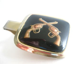 Crossed Guns Pistols Tie Clip Parkway Reverse Painting Convex Glass Vintage Free Shipping