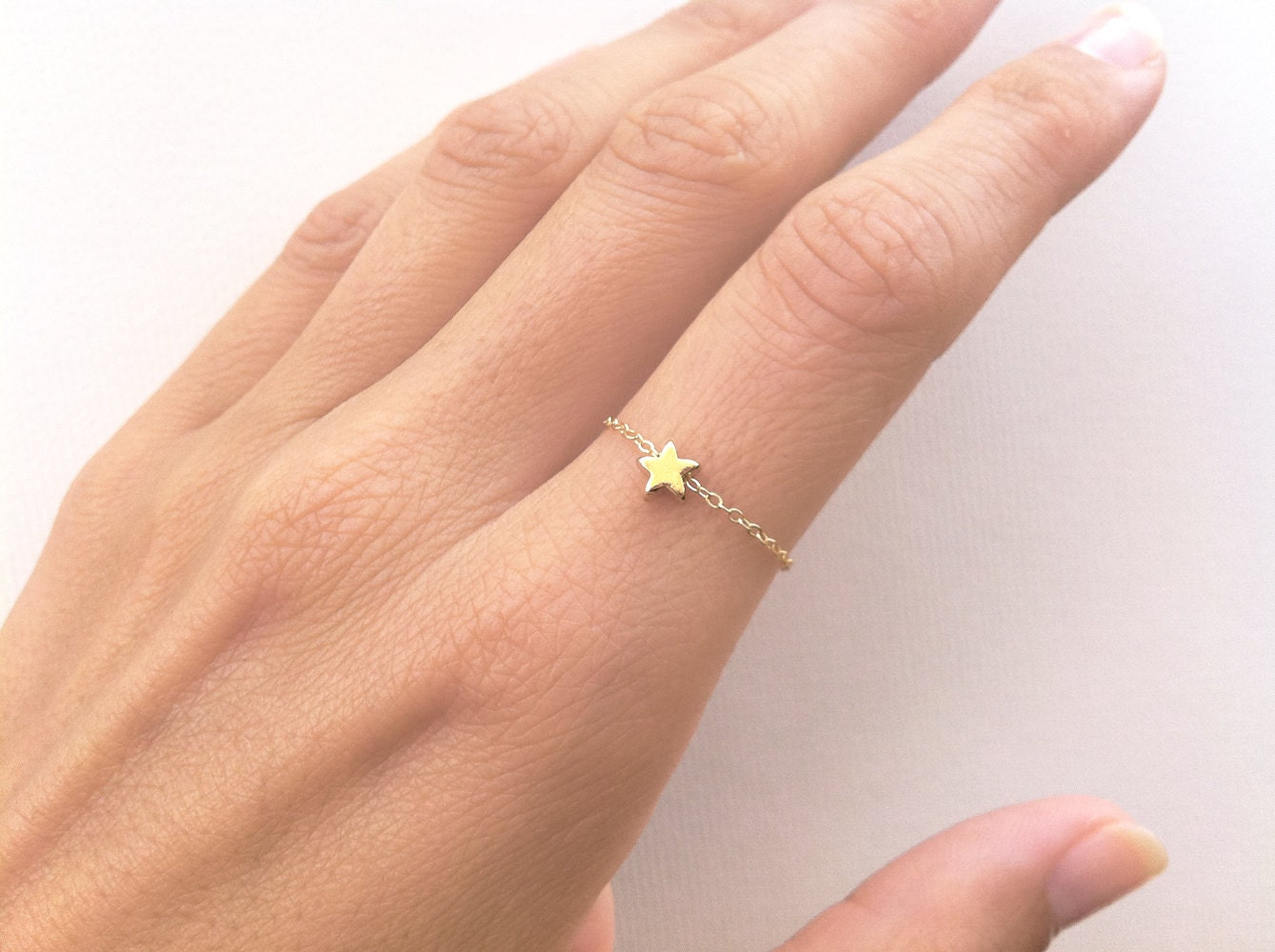 great product the white with trucker angled rings frog cz ring star