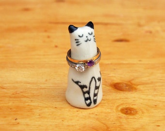 Cat ring holder ceramic ring holder jewelry animal lover porcelain gift tuxedo mothers day anniversay engagement figurine miniature
