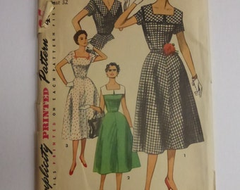 Vintage Simplicity Pattern 4650 Misses Dress Size 14 Factory Fold