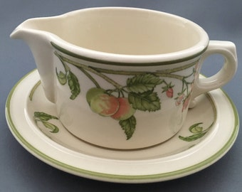 Wedgwood Wild Apple Granada Shape O.T.T. Gravy Jug With Stand.