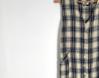 Vintage plaid midi dress / french button down field dress / summer market dress / sleeveless light weight checkered dress / m / 1990s
