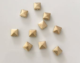 Gold acrylic beads