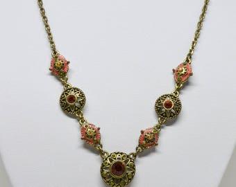 Lovely brass tone necklace