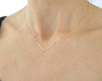 Chevron Yellow Gold hammered wire delicate necklace, V shape necklace