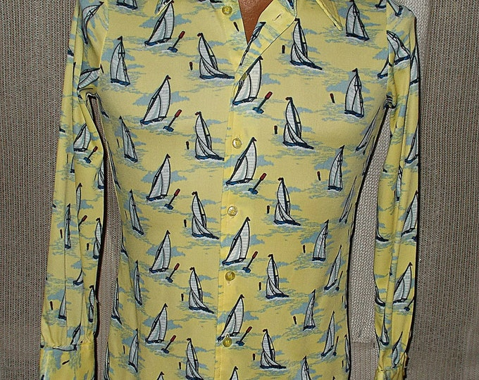 Vintage 60s 70s Roberto Firenze Italy Los Angeles Mens Nautical SailBoat Print Yellow Nylon Mix Button Long Sleeve Dance Disco Shirt