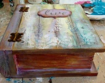 Decoupage wooden box 13x17 cm