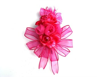 Fuchsia corsage, Wedding gift bow, Bridal shower corsage, Floral corsage, Gift for Weddings, Prom corsage, Wearable corsage, Wrist accessory