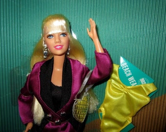 Vintage Beverly Hills 90210 Kelly Taylor Doll by Mattel # 1576