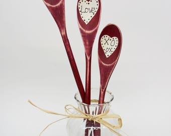 Valentines Day Spoon Decor | Primitive Valentines Day | Painted Wooden Spoon Decor | Farmhouse Valentine spoons | Rustic Valentine spoons