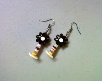 Black and White Flower Earrings (1344)
