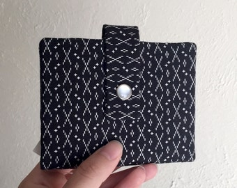 Black and White Print Wallet - Midsize Cash and Card Wallet with Change pouch-