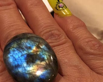 The Heart glows within this eye-popping cabochon labradorite. A smooth surface 39.50 Ct. and multifire healing stone.