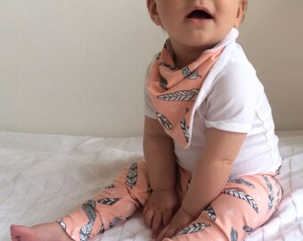 Baby girl leggings, organic baby leggings, baby girl gift, toddler girl leggings, pink leggings, feathers, hipster baby clothes, pink