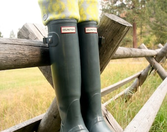 SLUGS Fleece Rain Boot Liners Grey With Neon Tribal Western Cuff, Fall Winter Fashion, Country Chic (MED/LG 9-11 Boot)