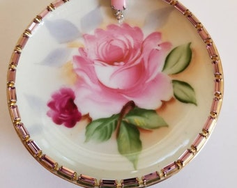 Trinket dish embellished with vintage jewelry
