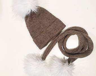 Wool hat with scarf