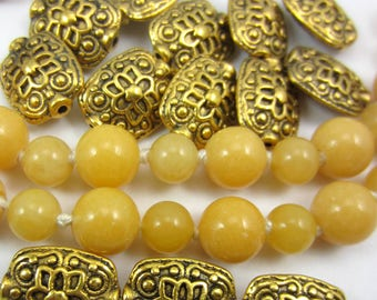 30 Antique gold beads focal spacer beads patterened 11mm x 13mm HP 179Y (EE6)