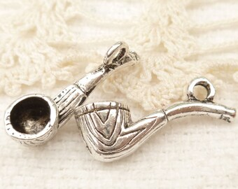 Old Fashioned Wooden Pipe Charms (6) - S126