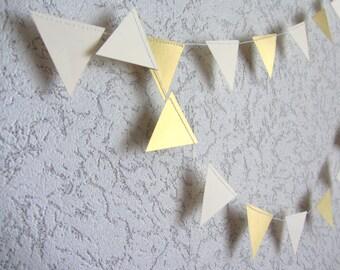 Guirnalda de oro bandera de Whie. Boda compromiso cumpleaños pared decoración oro marfil triángulos de papel garland garland crema y oro