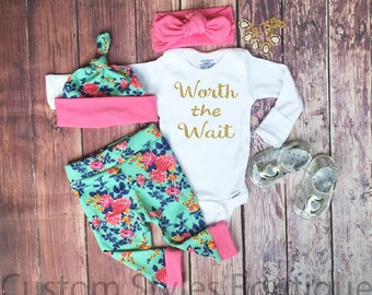 Baby Girl Coming Home Outfit, Floral Leggings,Hat and Headband,White Bodysuit With Gold Glitter Lettering,Baby Leggings, Pink, Girls Outfit