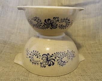 Brown Speckled Pyrex mixing Bowls