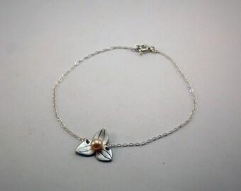 Camélia bracelet handmade in silver