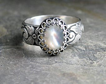 Mother of pearl ring MOP ring solitaire ring pattern wire flower filigree white metalsmith artisan ring - White Dogwood