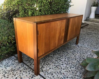 MID CENTURY MODERN Media Stand/Bar/Stereo Cabinet (Los Angeles)
