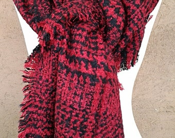 Black and Red Chunky  Scarf / Plaid Shawl Scarf /  Blanket Scarf.
