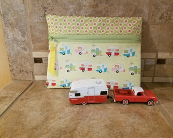 Small Zippered Bag with Vintage Trailer Print