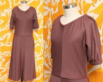 Minimalist Knit Striped Dress // Designer Boho Day Dress // 80s Albert Nipon Loose Fit Dolman Sleeve Maroon Gray Size 10 Medium