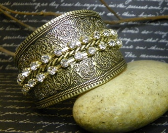 Cuff Bracelet Antique Gold